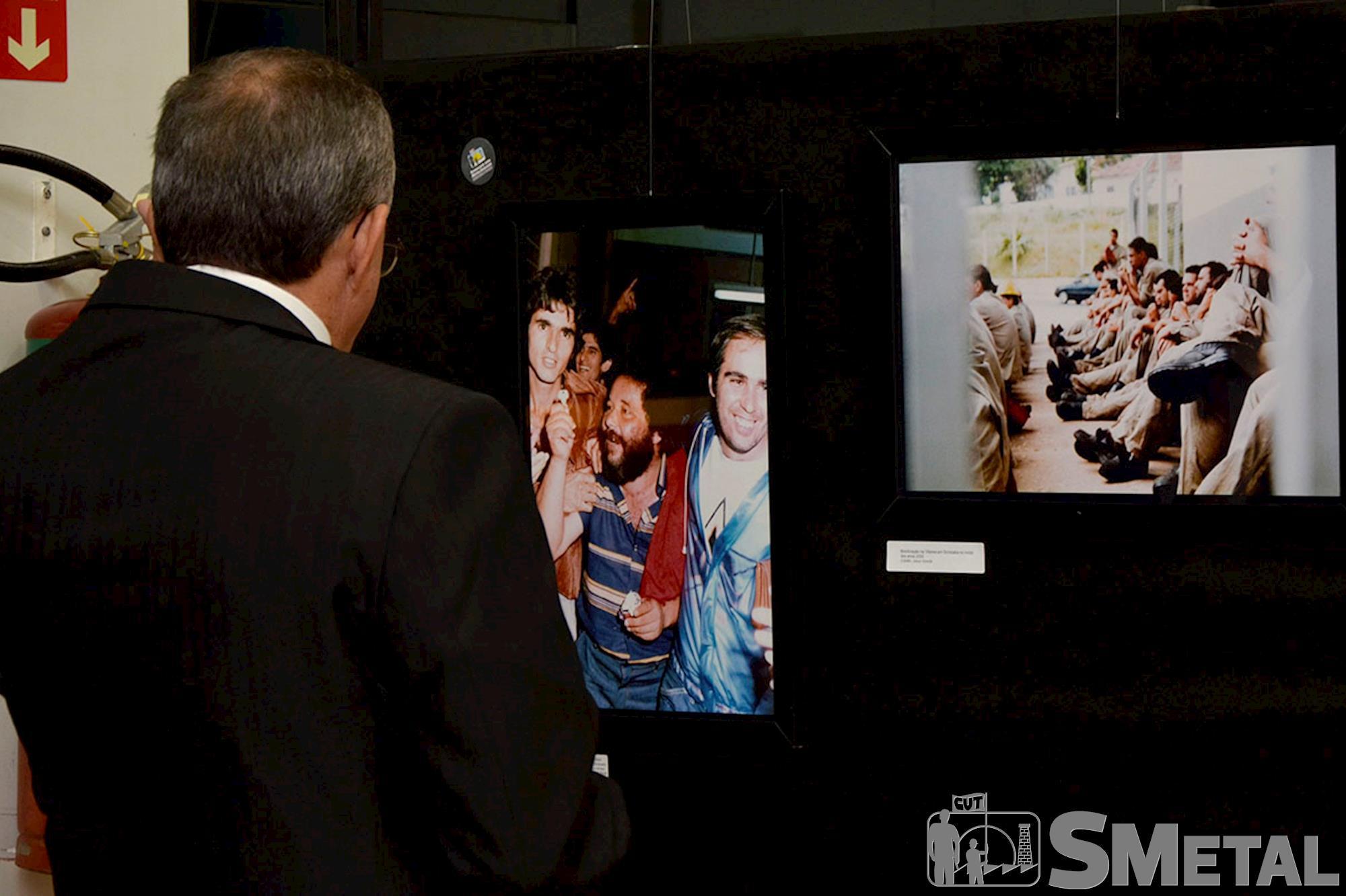 Exposição fotográfica que mostra trajetória da CUT na região de Sorocaba fica aberta ao público até quinta-feira,  dia 5, Sessão Solene na Câmara de Sorocaba comemora 30 anos de CUT