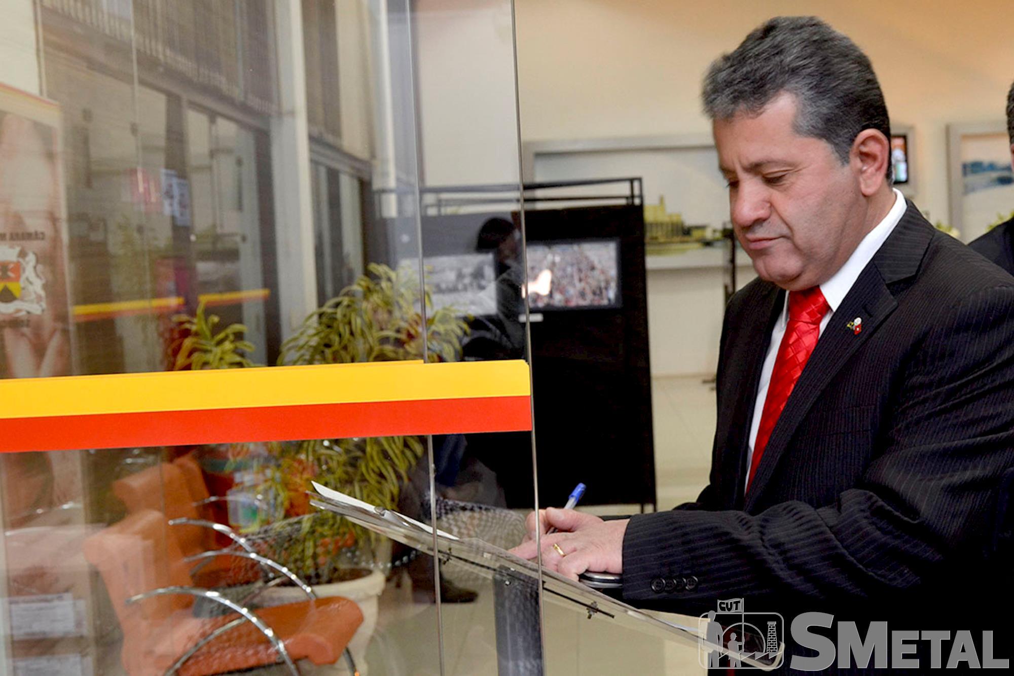 Vereador Izídio de Brito (PT),  ex-presidente do Sindicato dos Metalúrgicos de Sorocaba e Região,  foi idealizador da Sessão Solene na Câmara Municipal, Sessão Solene na Câmara de Sorocaba comemora 30 anos de CUT