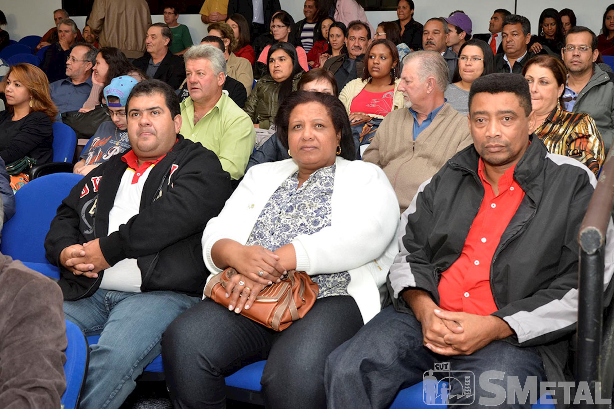 Cerca de 200 pessoas participaram da Sessão Solene,  realizada na Câmara Municipal de Sorocaba,  na noite de quinta-feira,  dia 29, Sessão Solene na Câmara de Sorocaba comemora 30 anos de CUT
