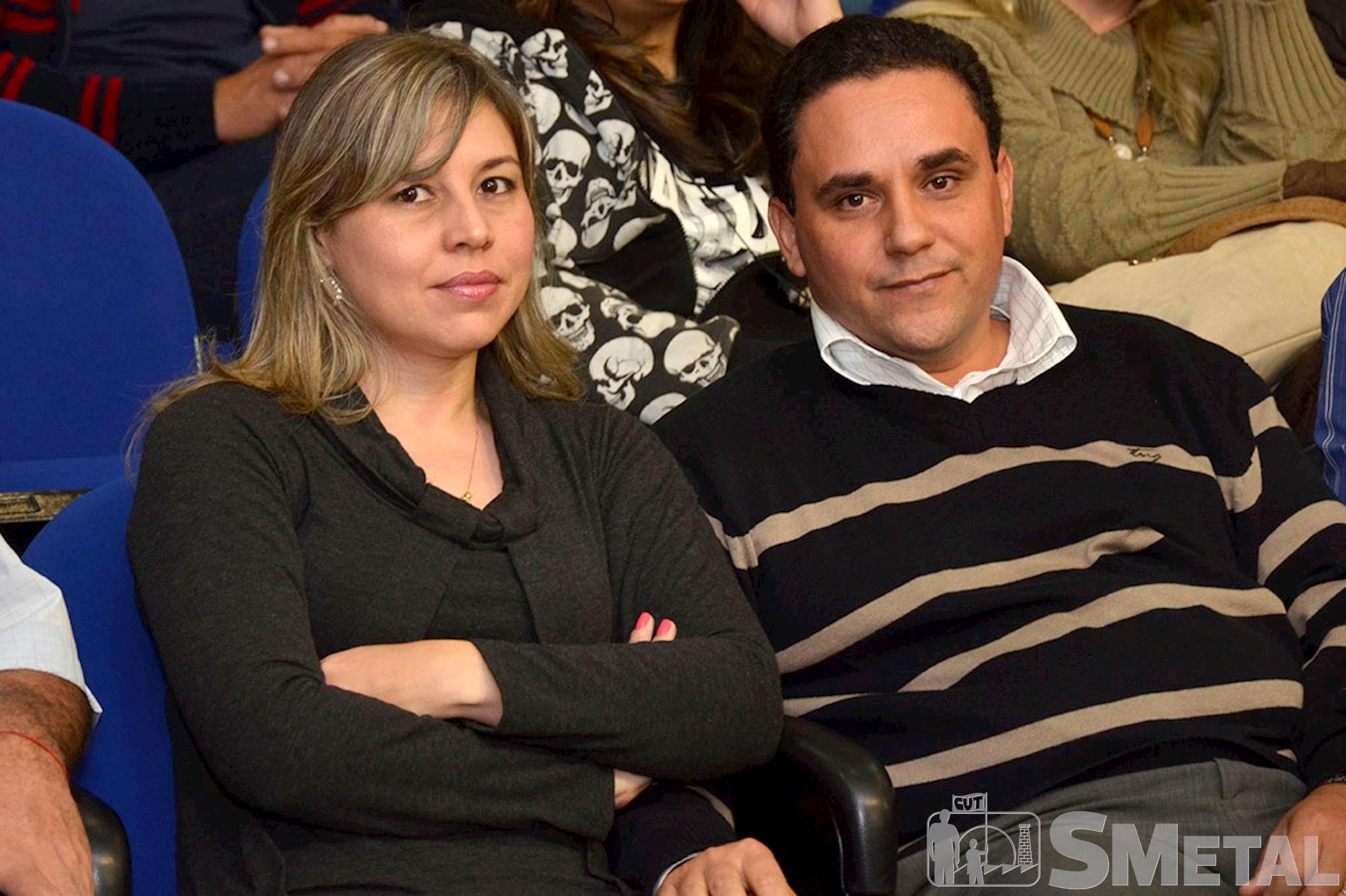 Ao lado de sua esposa,  Francis da Silva,  filho do sindicalista Wilson Fernando da Silva,  o Bolinha,  recebeu homenagem em nome do pai,  um dos fundadore, Sessão Solene na Câmara de Sorocaba comemora 30 anos de CUT