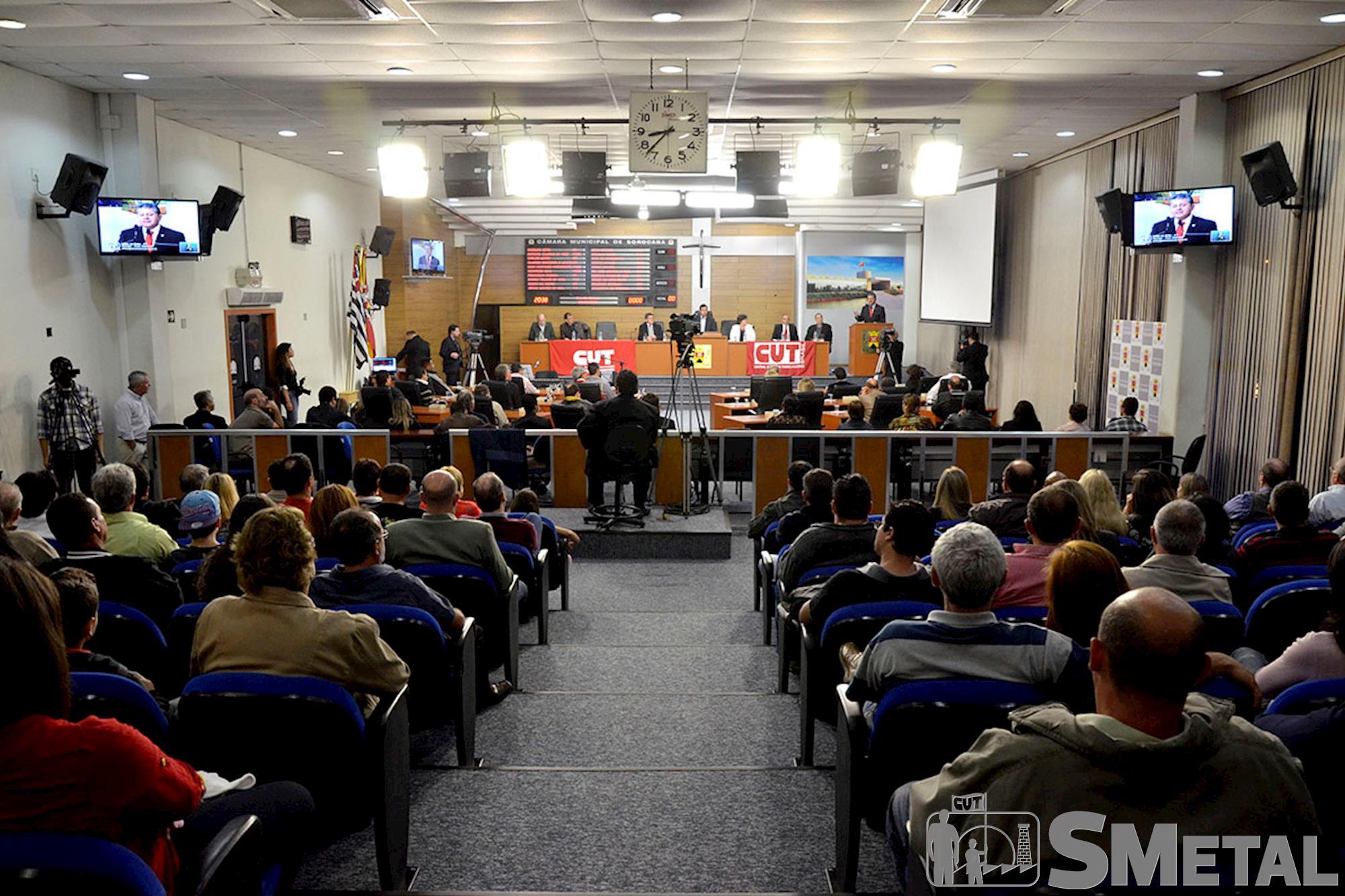 Além de homenagens a sindicalistas,  solenidade teve apresentação de um vídeo sobre a Central Única dos Trabalhadores, Sessão Solene na Câmara de Sorocaba comemora 30 anos de CUT