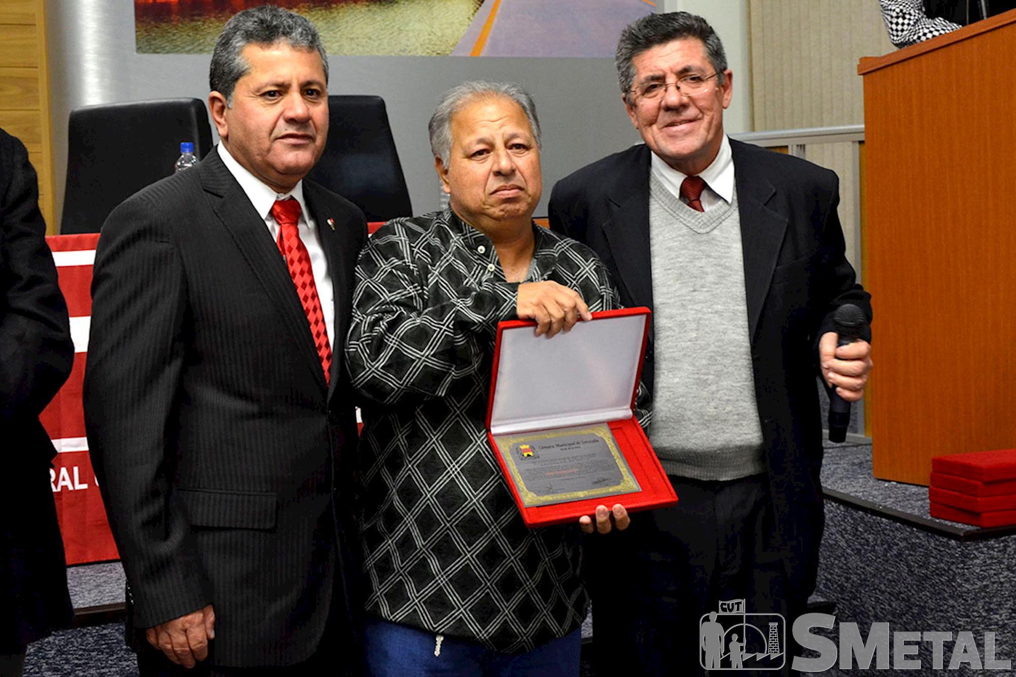 Ex-diretor do Sindicato dos Metalúrgicos,  Antonio Rodrigues dos Santos foi um dos homenageados na sessão solene pelos 30 anos da CUT, Sessão Solene na Câmara de Sorocaba comemora 30 anos de CUT