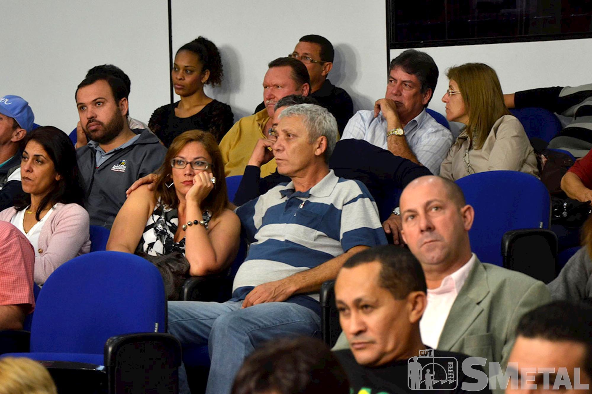 Solenidade em homenagem à CUT reuniu cerca de 200 pessoas na Câmara de Sorocaba, Sessão Solene na Câmara de Sorocaba comemora 30 anos de CUT