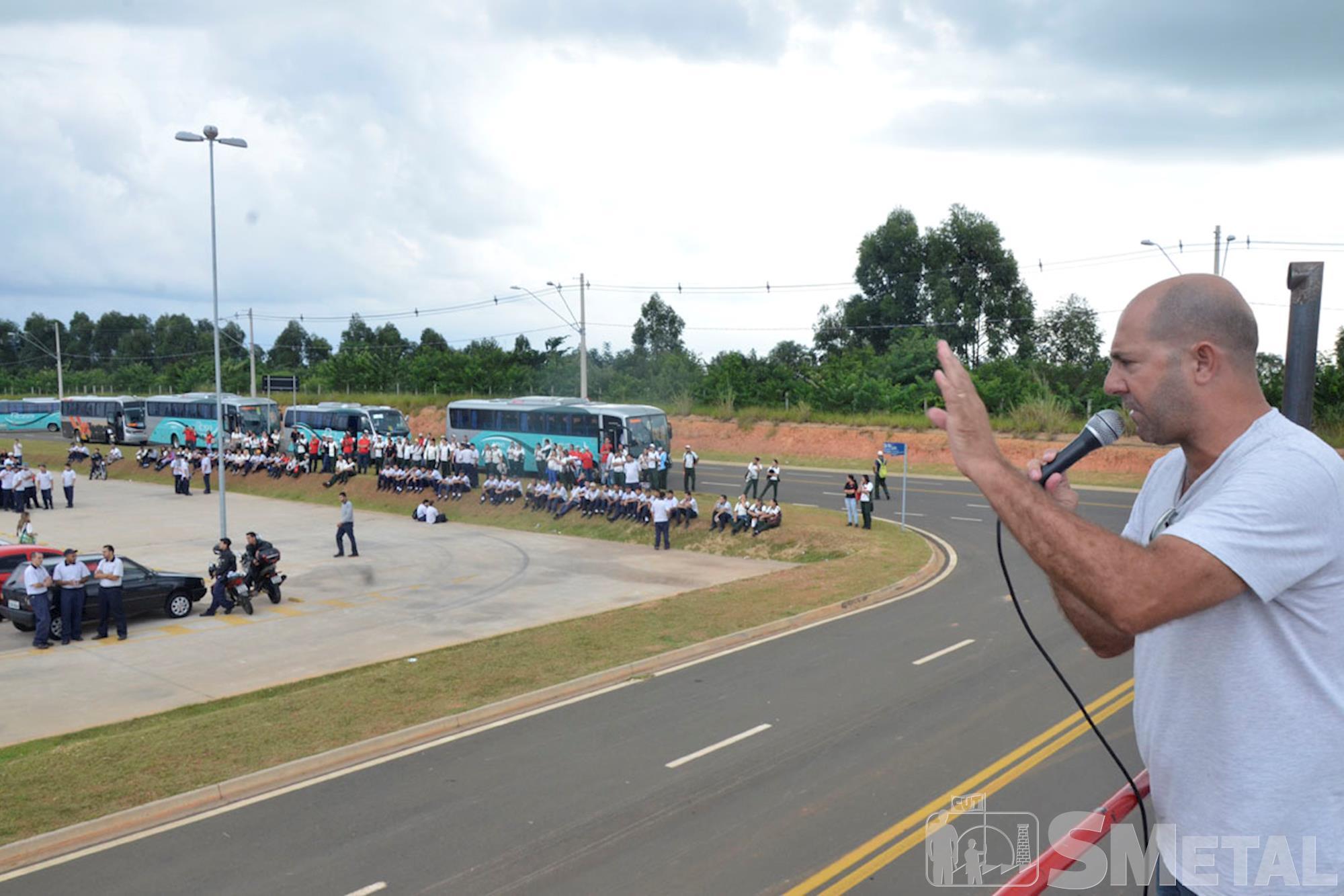 Sorocaba tem dia de protestos contra a terceirização
