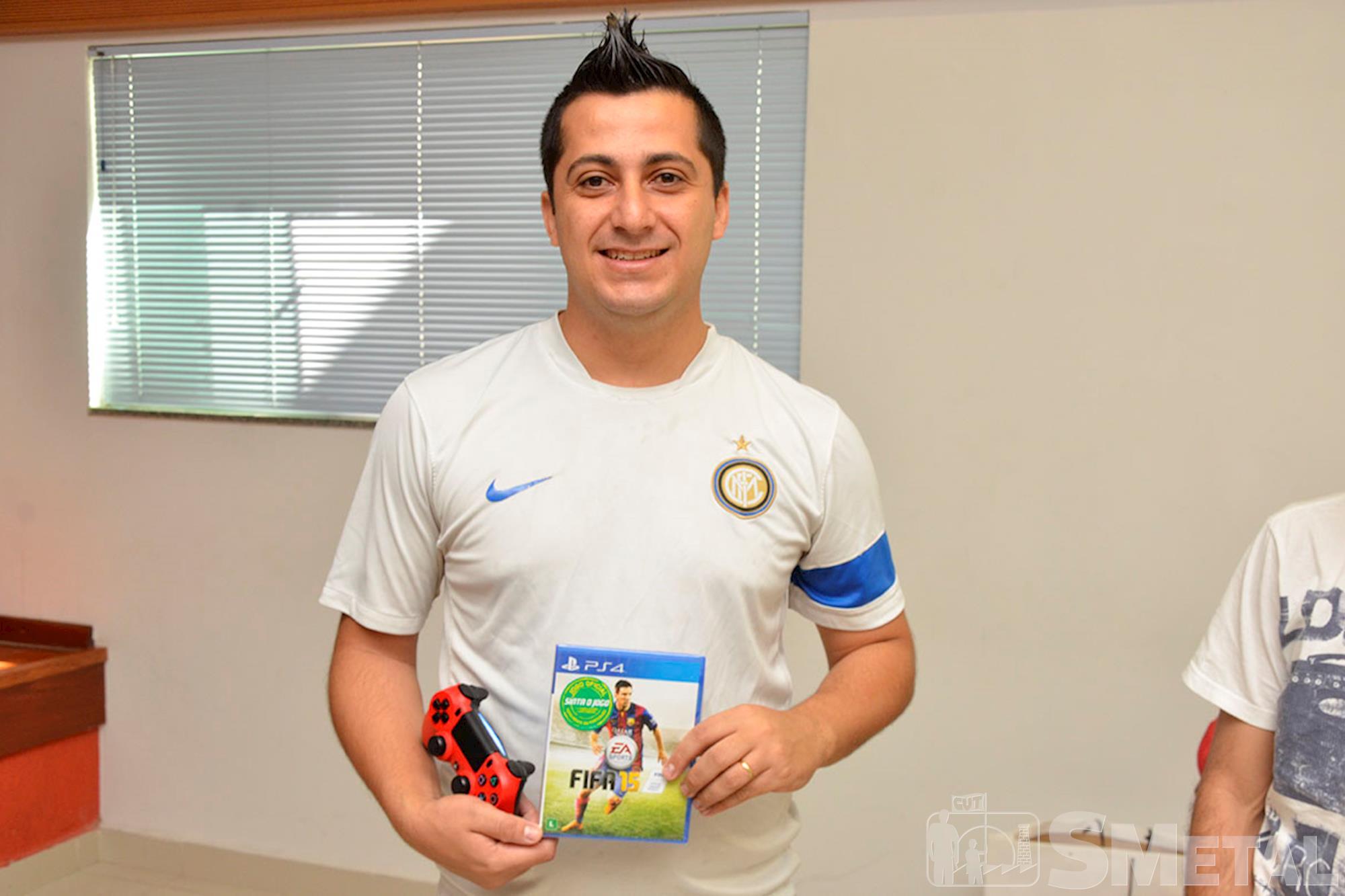 Danilo Rodrigues de Andrade,  metalúrgico da YKK,  ficou em 3º lugar,  ganhou um tablet e também um jogo do PS4,  o FIFA 15,  por ter sido o artilheiro do , Estudante Jean Ferreira é campeão do Futgame