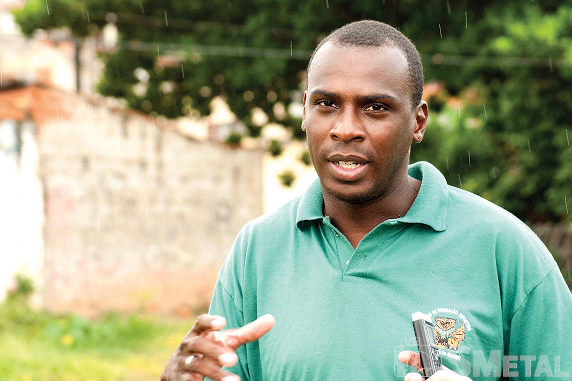 Flavio Ribeiro é professor no projeto O Craque do Amanhã,  que possui duas unidades em Sorocaba,  no bairro Vila Haro e na Rua Aparecida, Futebol de base: O futuro quer ser visto agora