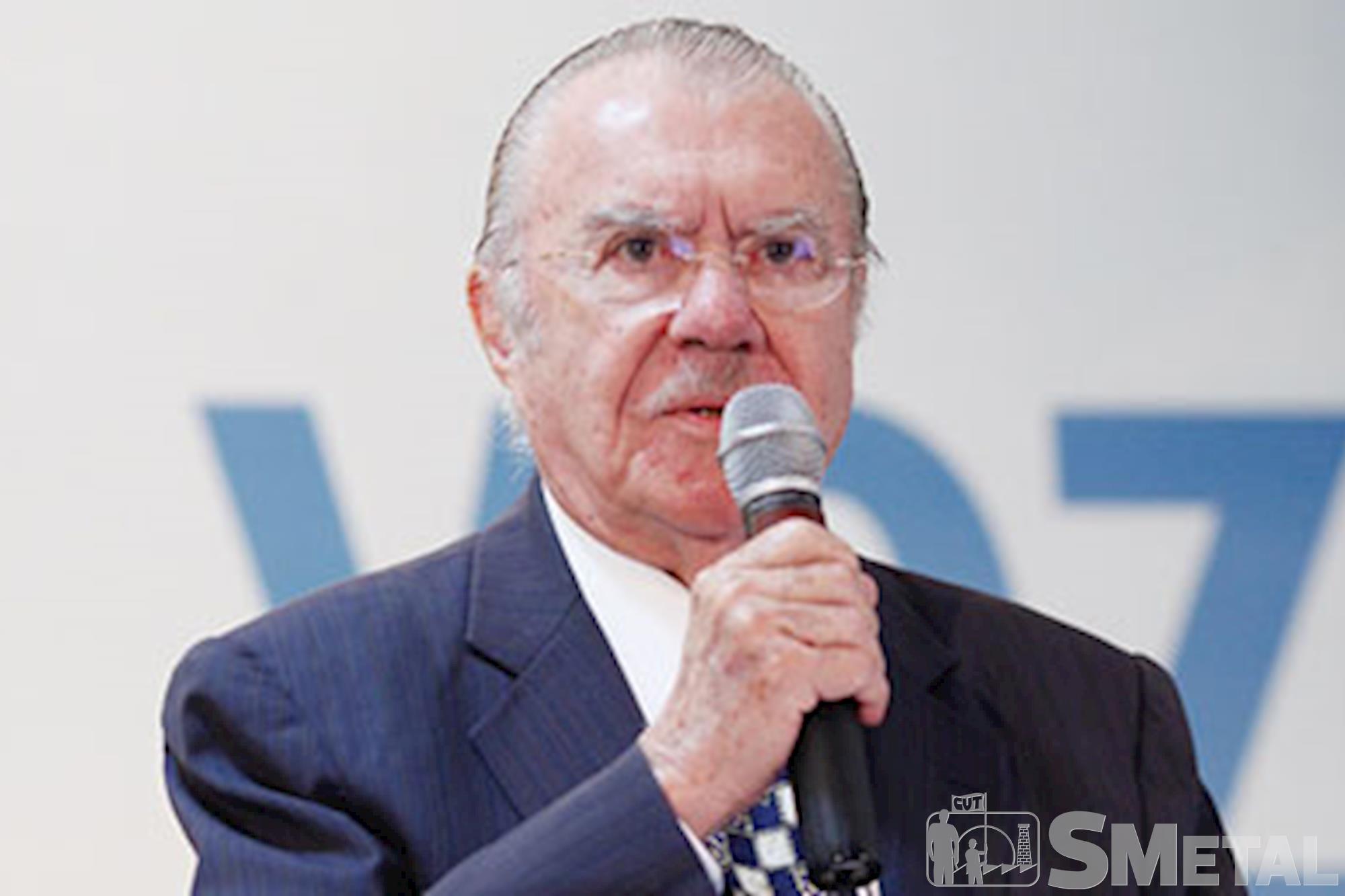 Senador: José Sarney, Quatro políticos do PMDB receberam pedido de prisão