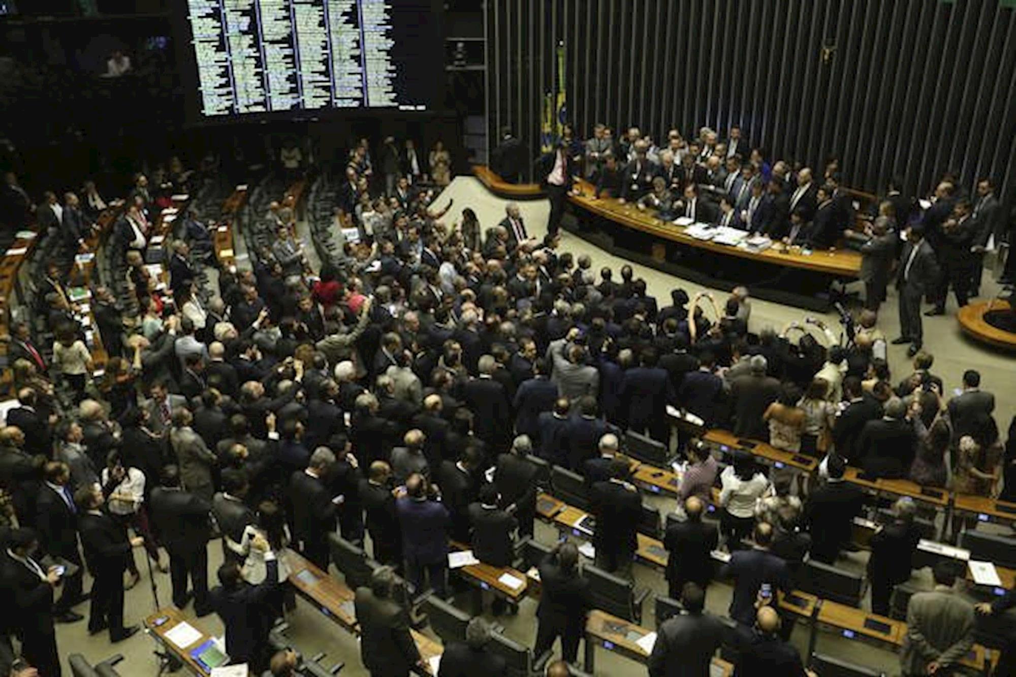 deputados, medidas provisórias, MP, câmara, invalidez, aposentadoria, democracia, Fabio Rodrigues Pozzebom/Agência Brasil