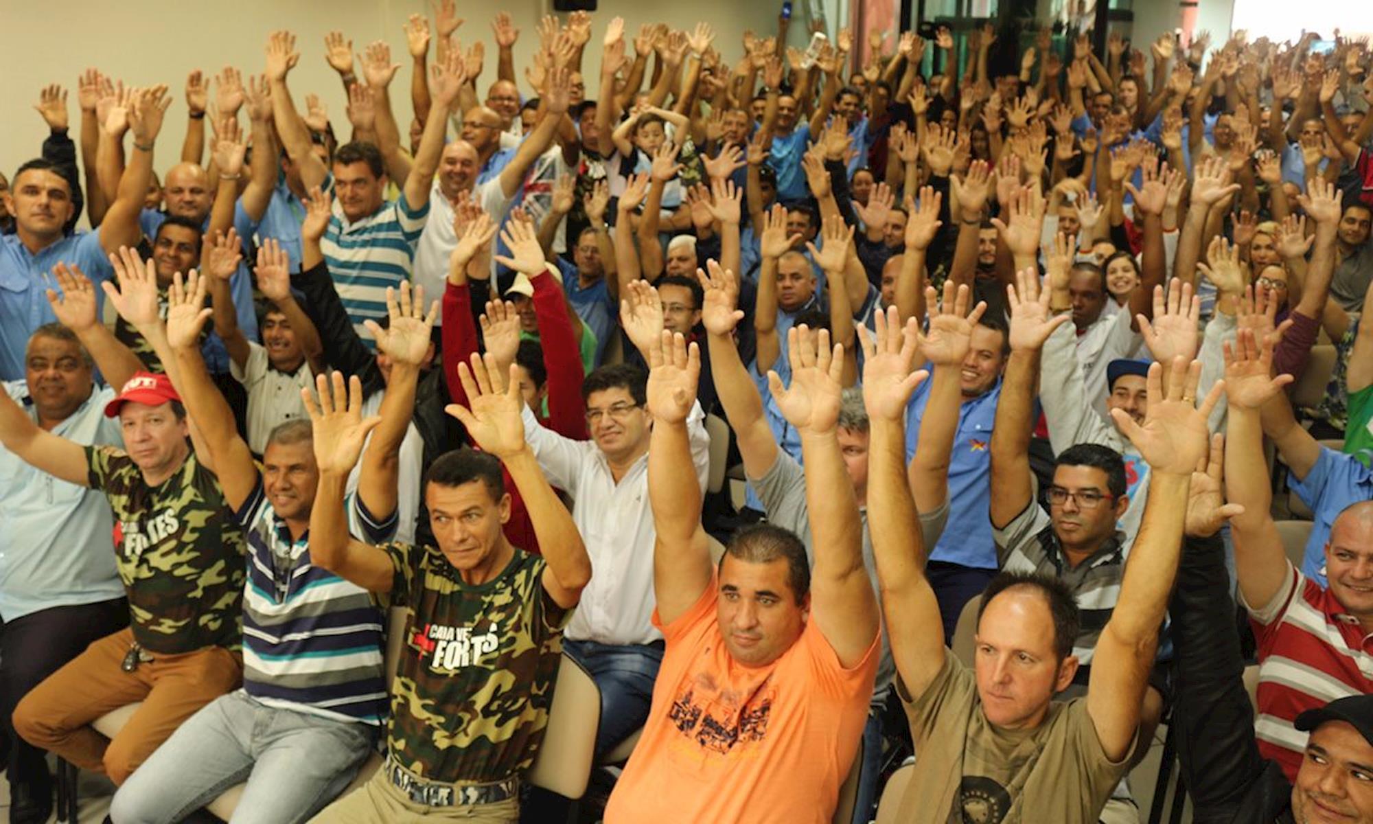 transporte, rodoviário, assembleia, greve, Fabiana Caramez