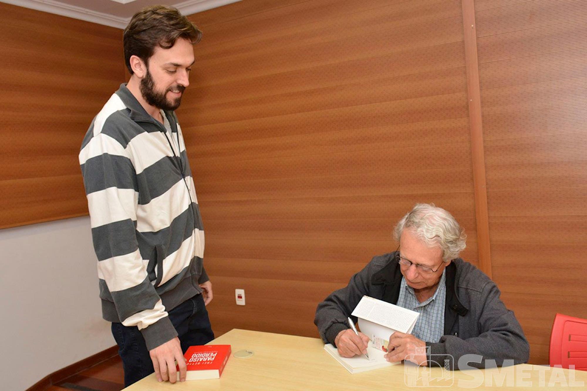 Frei Betto lança livros no SMetal, frei, betto, livro, smetal, lançamento, Foguinho/Imprensa SMetal