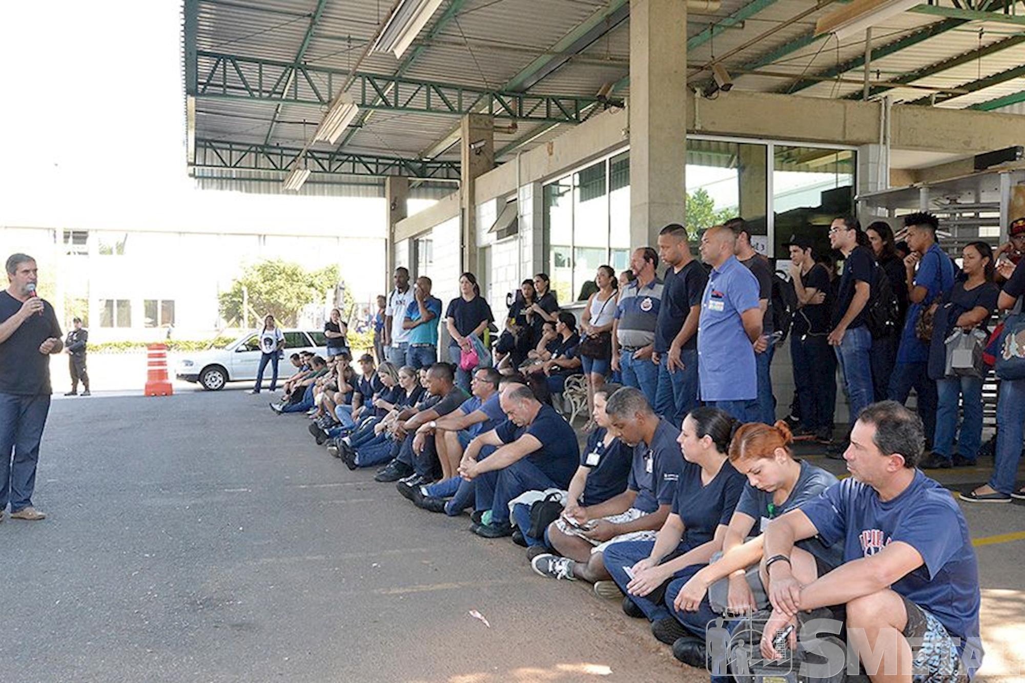 Schaeffler, campanha,  salarial,  assembleia, Foguinho e Paulo Rogério / Imprensa SMetal, Metalúrgicos se unem em defesa da Convenção