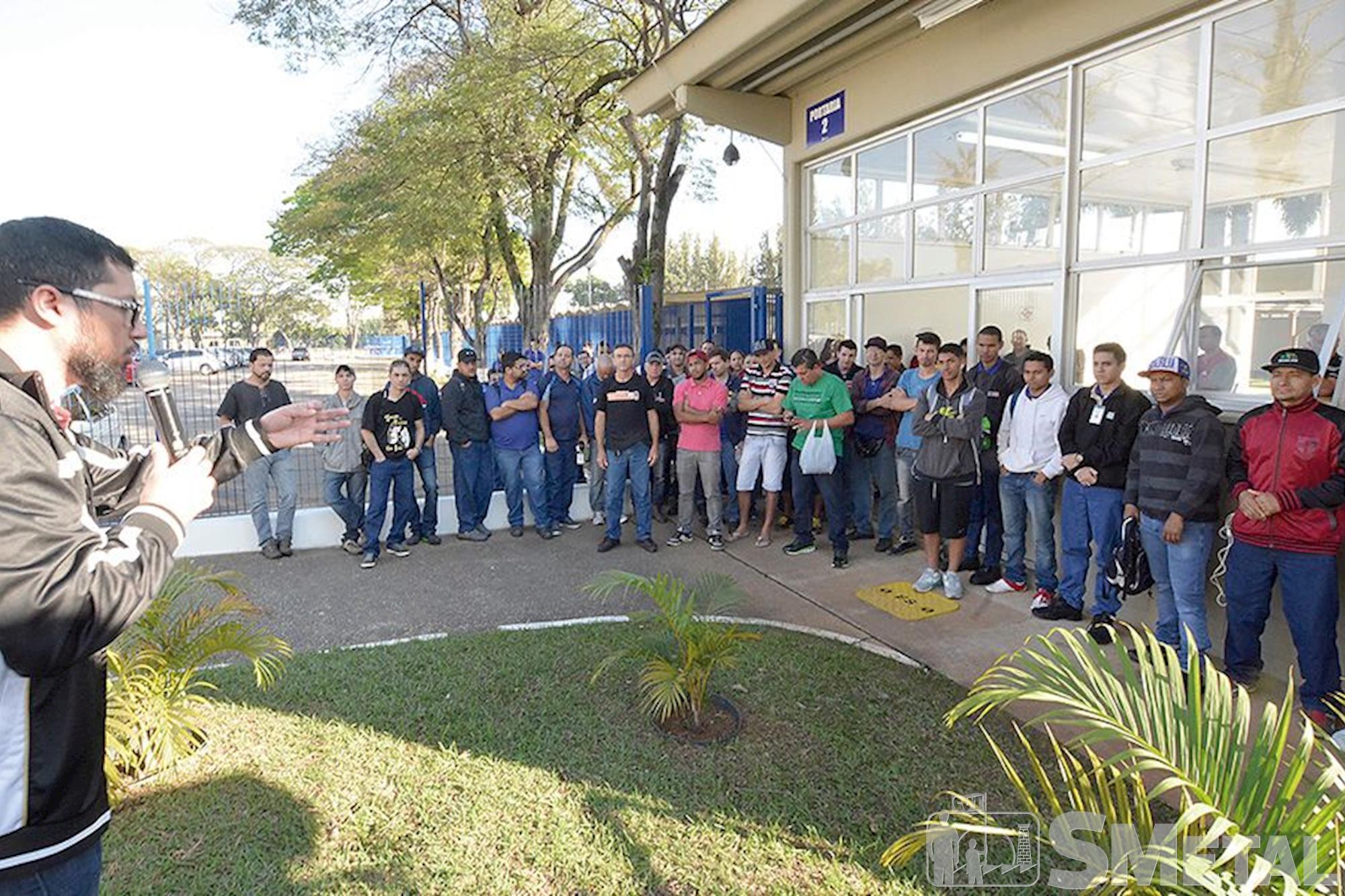 Moto Peças, campanha,  salarial,  assembleia, Foguinho e Paulo Rogério / Imprensa SMetal, Metalúrgicos se unem em defesa da Convenção
