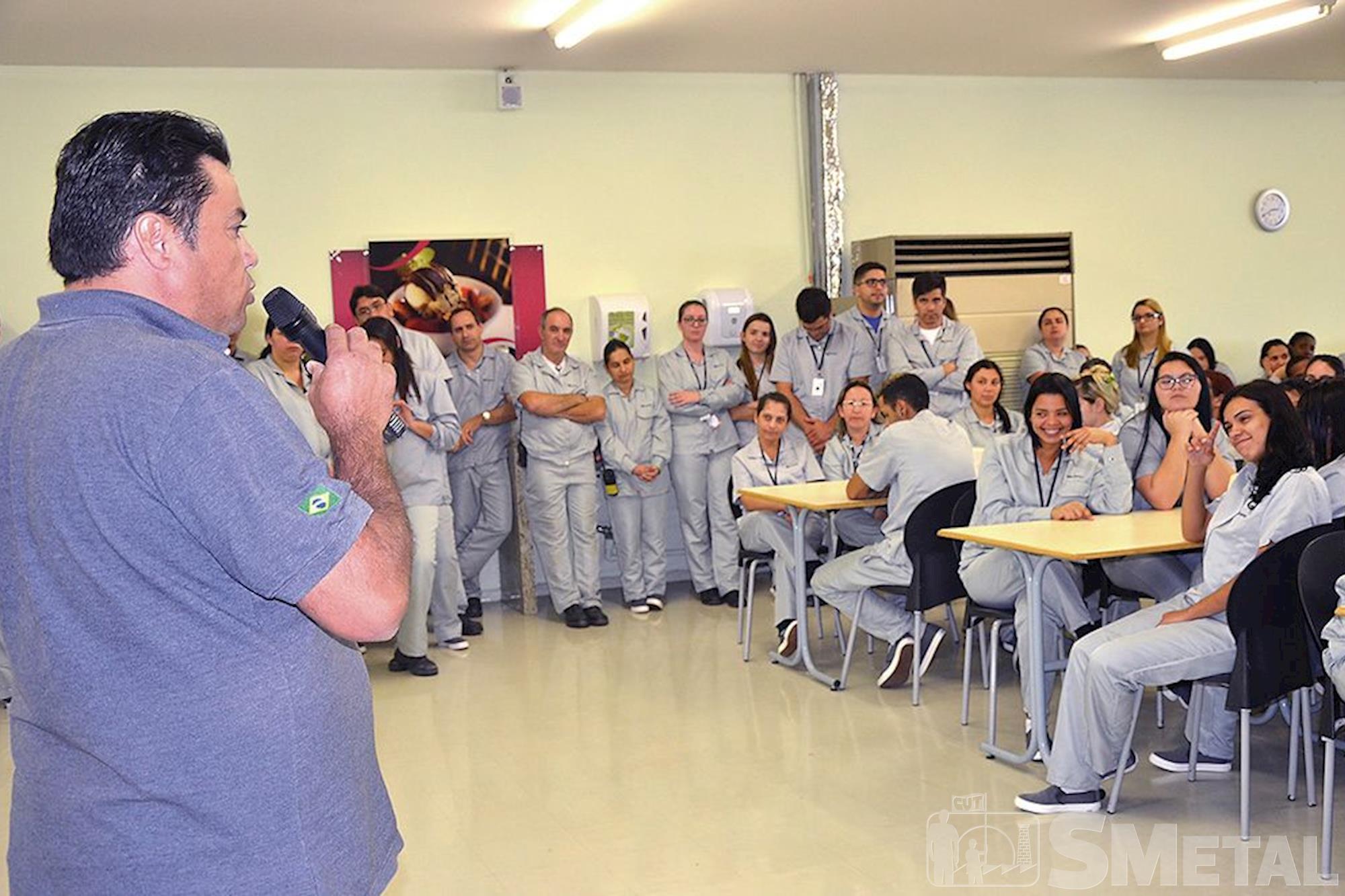 Nipro, campanha,  salarial,  assembleia, Foguinho e Paulo Rogério / Imprensa SMetal, Metalúrgicos se unem em defesa da Convenção