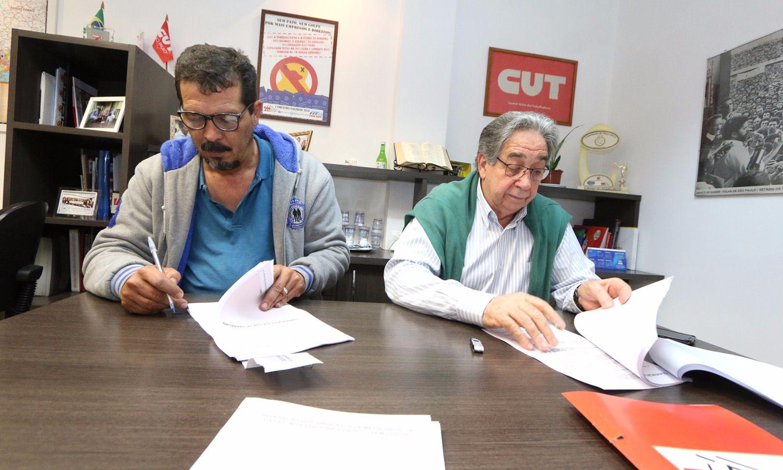 FEM assina Convenção com sindicato patronal de parafusos