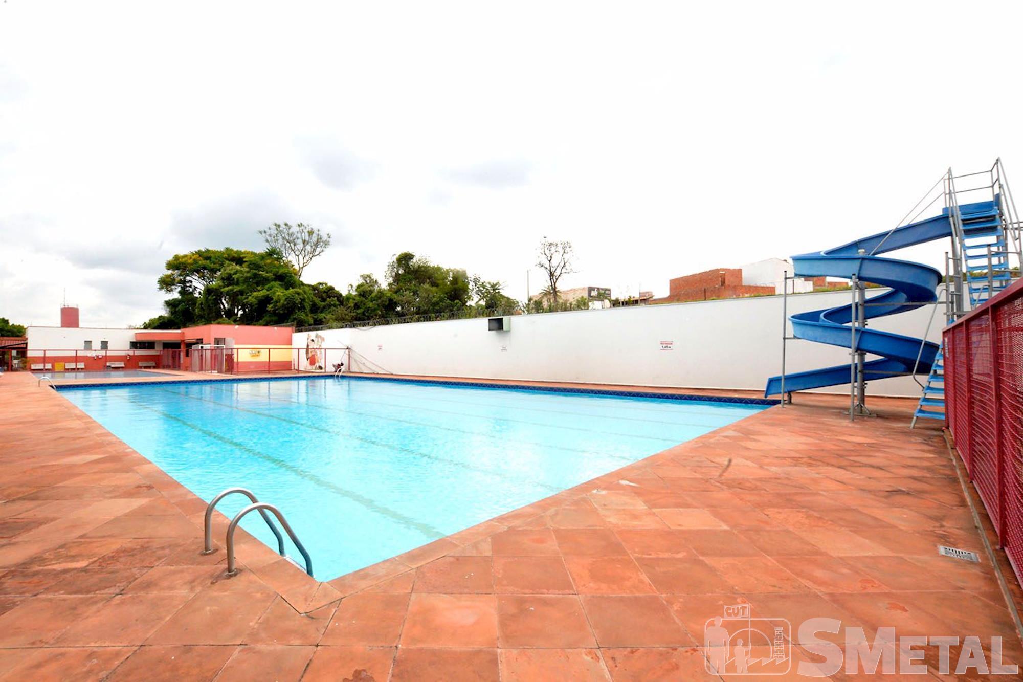 São três piscinas (adulto,  infantil e para bebês)., Foguinho/Imprensa SMetal