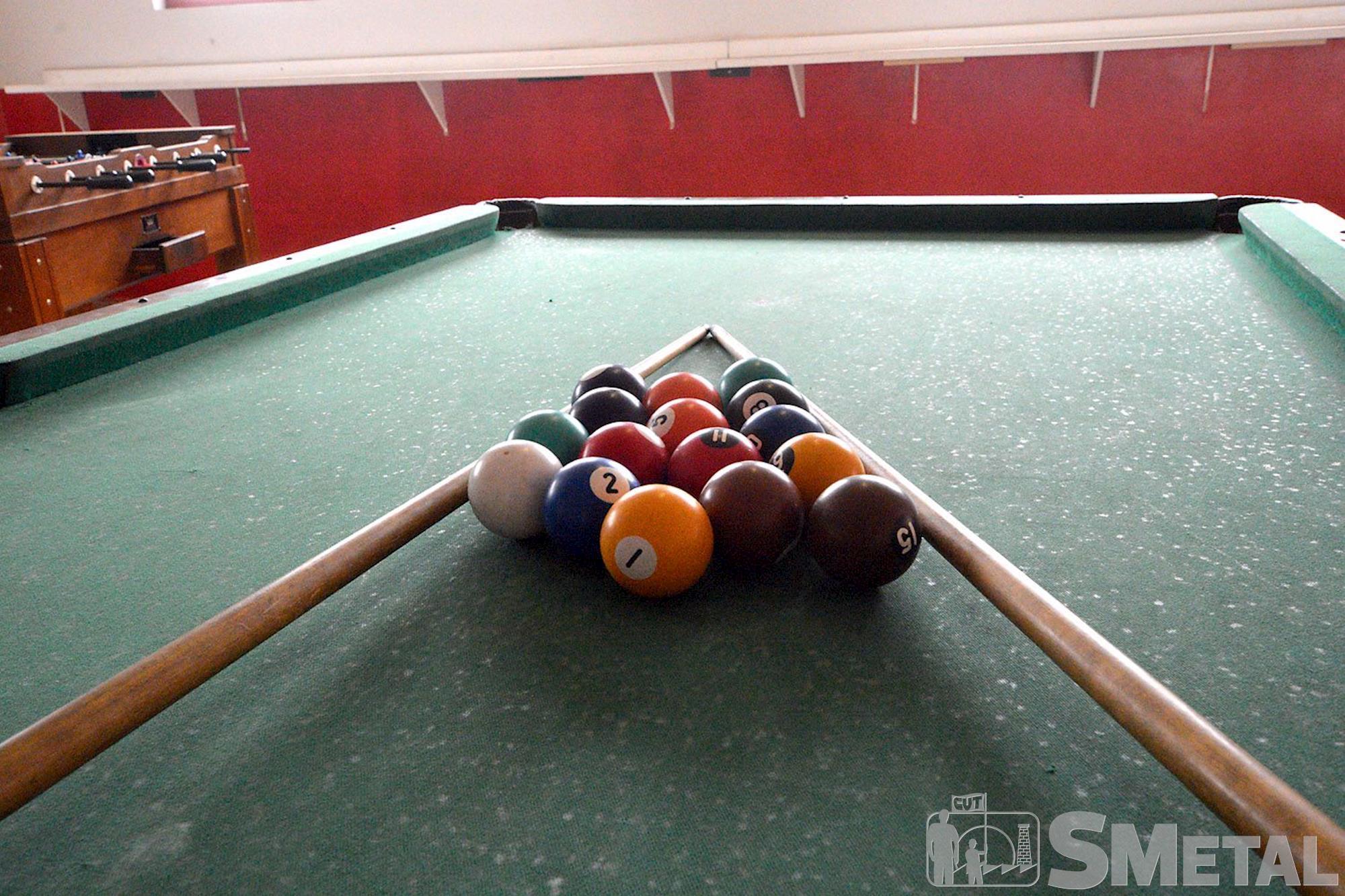 O salão de jogos possui mesa de ping-pong,  de bilhar e pebolim, Foguinho/Imprensa SMetal