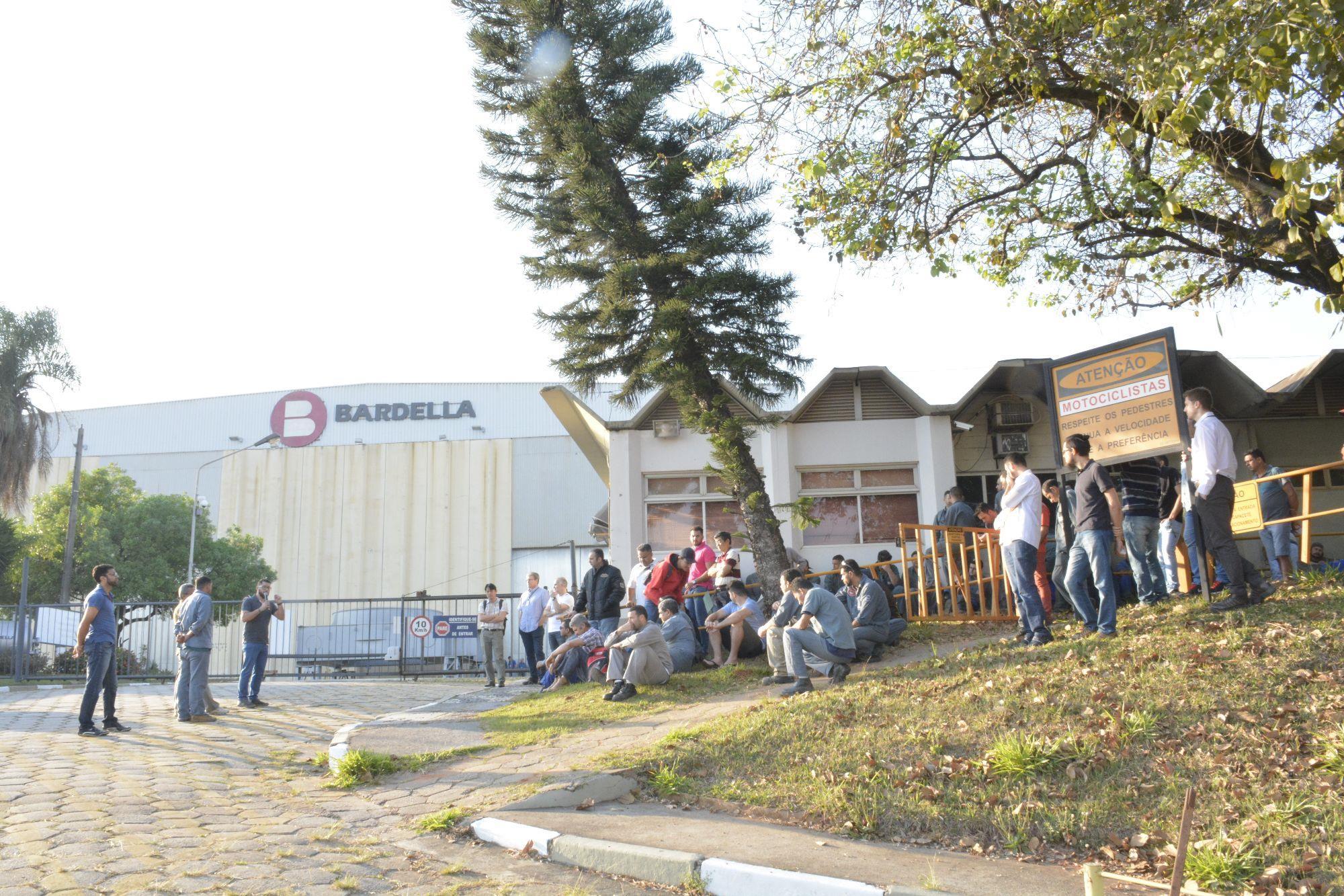 Bardella, Sorocaba, SMetal, Crise, atraso de salários, Foguinho/Imprensa SMetal