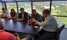 Dirigentes do SMetal e do Ceadec levam propostas ao prefeito