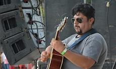 Rolando Beltran dará aulas de violão e guitarra no SMetal