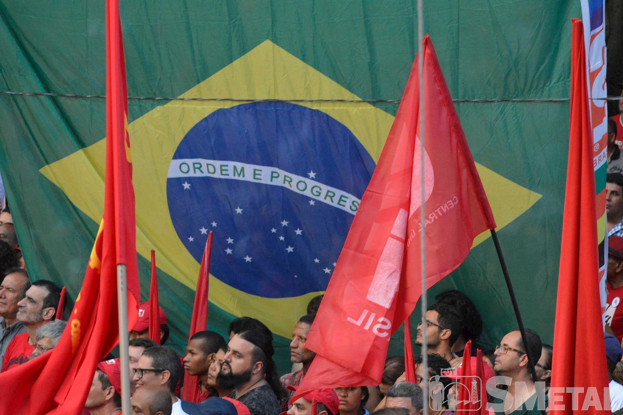 Ato em defesa da Democracia e do Lula, lula,  democracia, Foguinho/Imprensa SMetal, Lula discursa para cerca de 50 mil pessoas na Praça da República