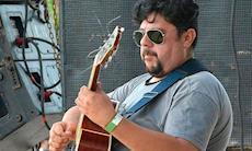 Inscrições para curso de violão e guitarra continuam abertas
