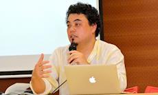 Em entrevista, Sakamoto declara que é preciso educar para a internet
