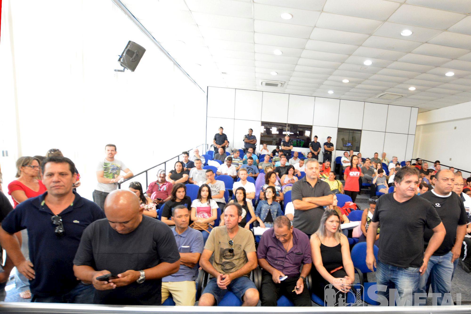 bolsonaro,  título, Foguinho/Imprensa SMetal, Pressão popular derruba projeto de título de cidadão a Bolsonaro