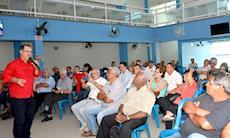 'Reforma tira direitos de um lado e perdoa sonegadores', afirma Gabas