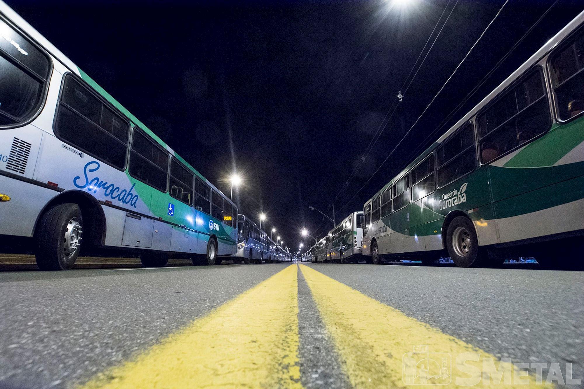motorista,  sorocaba,  paralisação,  Ônibus, Foguinho/Imprensa SMetal, Ameaça do prefeito Crespo a motoristas causa protesto em Sorocaba