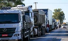 Alta dos combustíveis é fruto da política de desmonte da Petrobras no governo Temer