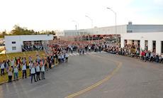 Trabalhadores da CNH Case aprovam proposta de PPR