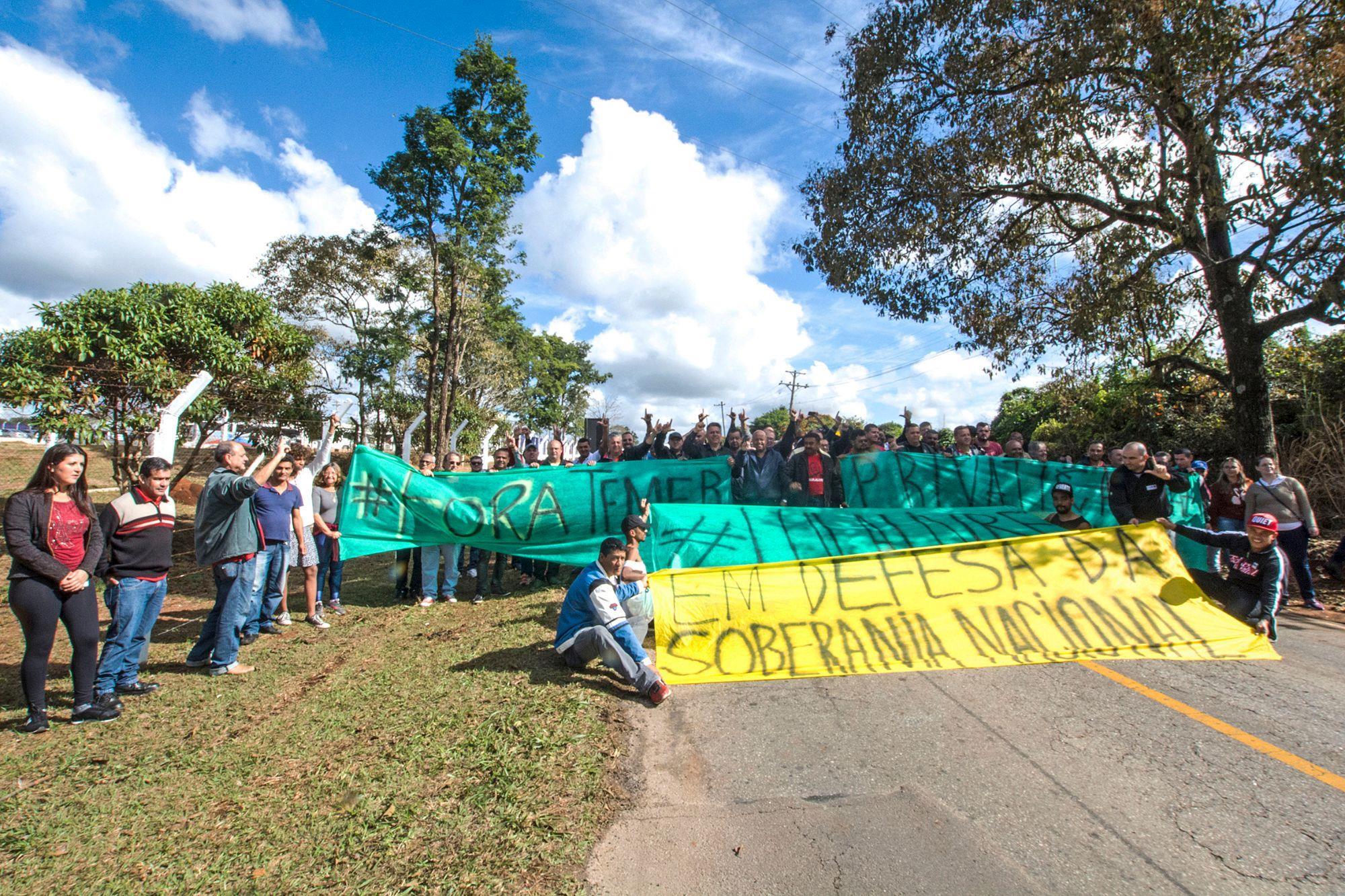 aramar, protesto, temer, Foguinho/Imprensa SMetal