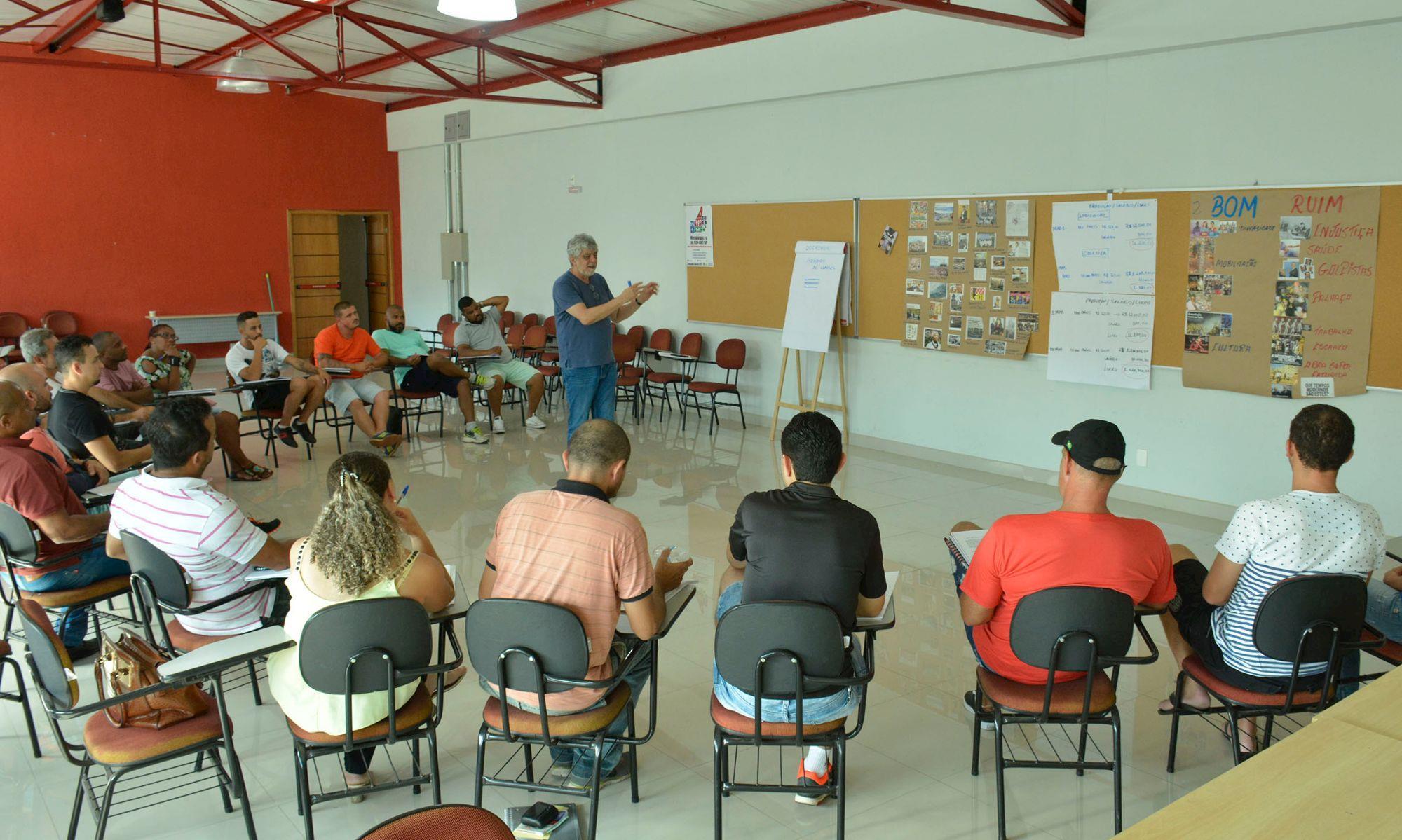 formação, programa, novos, dirigentes, fevereiro, alex, sgreccia, tiago, Foguinho/ Imprensa SMetal