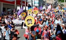 Centrais: País 'vai parar' se governo insistir em mexer na Previdência