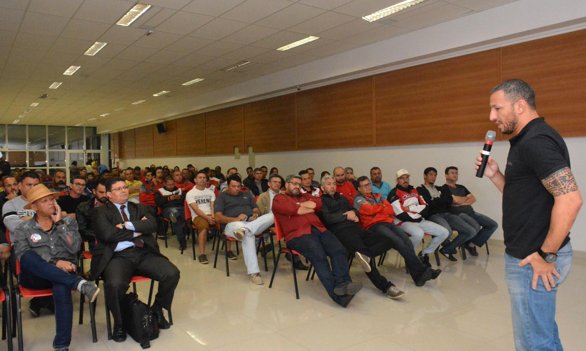 Em assembleia da Campanha Salarial categoria aprova aviso de greve