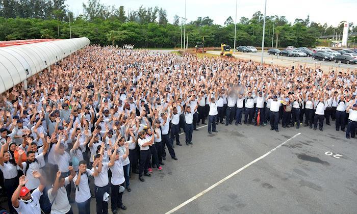 Trabalhadores da Toyota conquistam aumento real nos salários