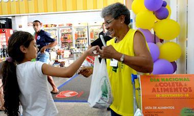 Dia da Coleta arrecada quase 8 toneladas de alimentos em Sorocaba