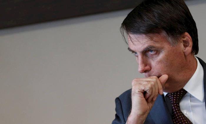Lei trabalhista tem de se aproximar da informalidade, diz Bolsonaro