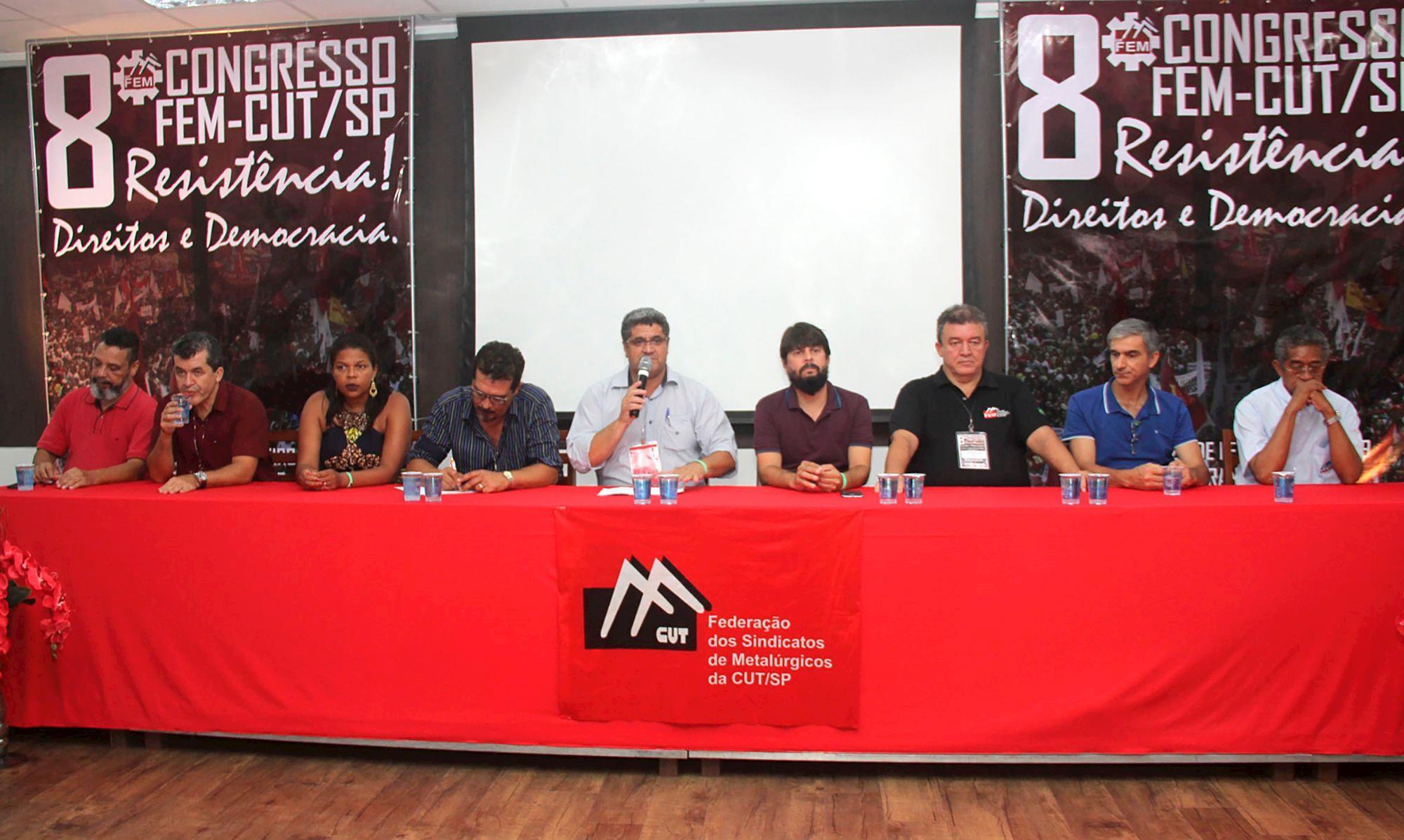 congresso, fem, mesa, abertura, federação, carpinha, luizão, Divulgação/FEM-CUT/SP