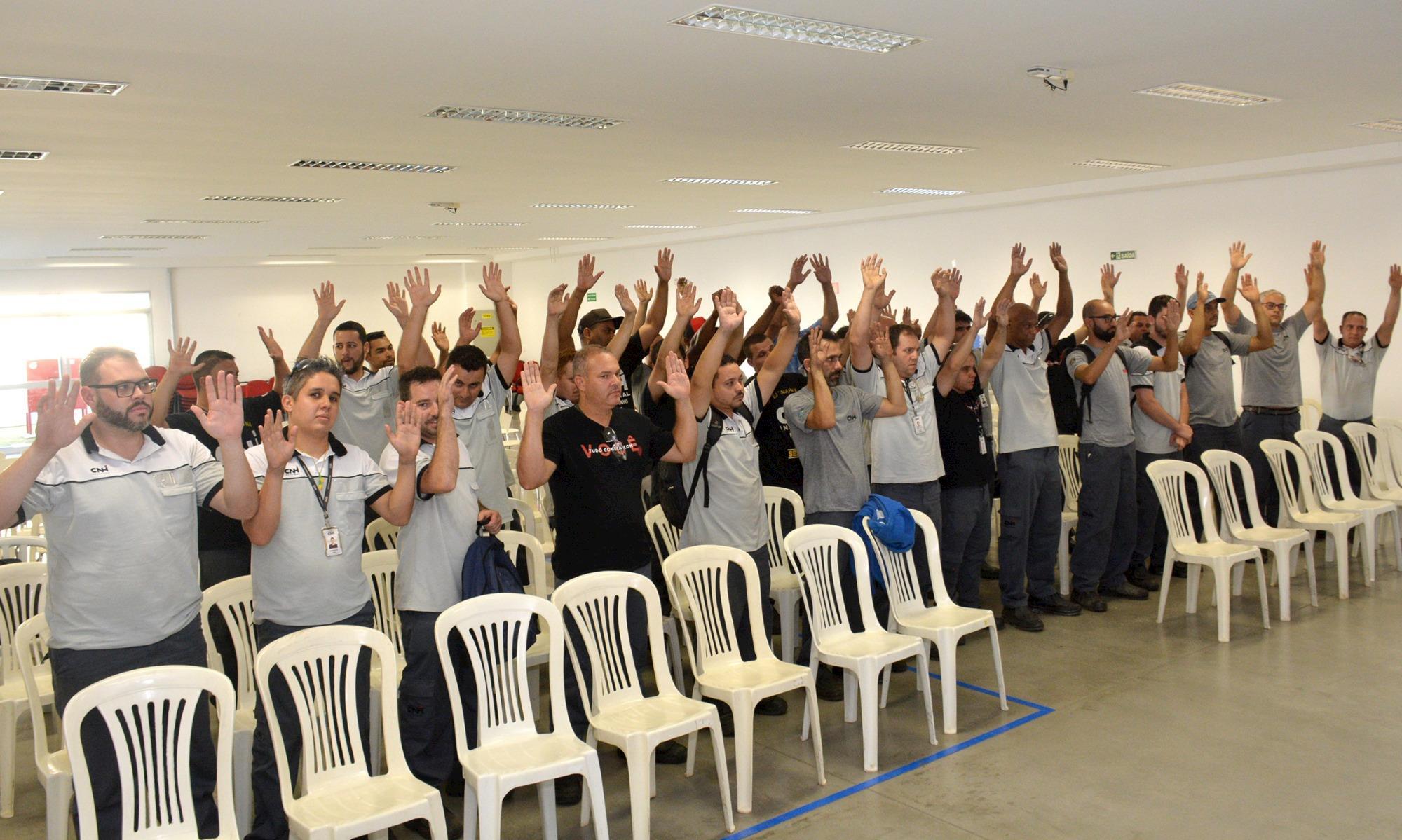 Trabalhadores da CNH/Case aprovam jornada 6x2 e garantem benefícios