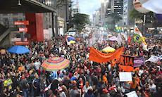 Confira fotos do Dia Nacional de Luta em Defesa da Previdência em SP