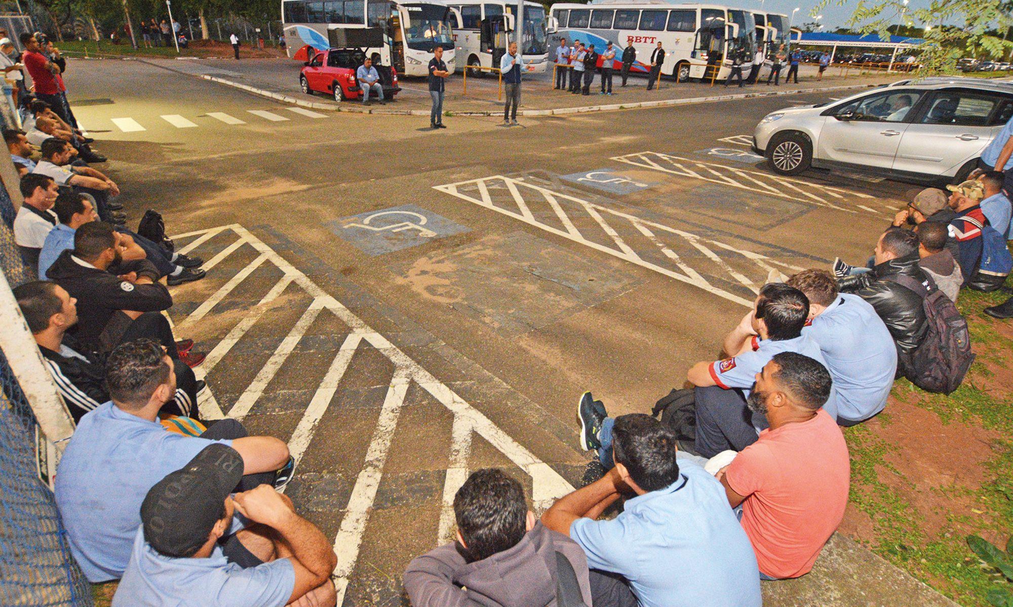 bosch, protesto, assembleia, semtal, cargo, salarial, Foguinho/Imprensa SMetal
