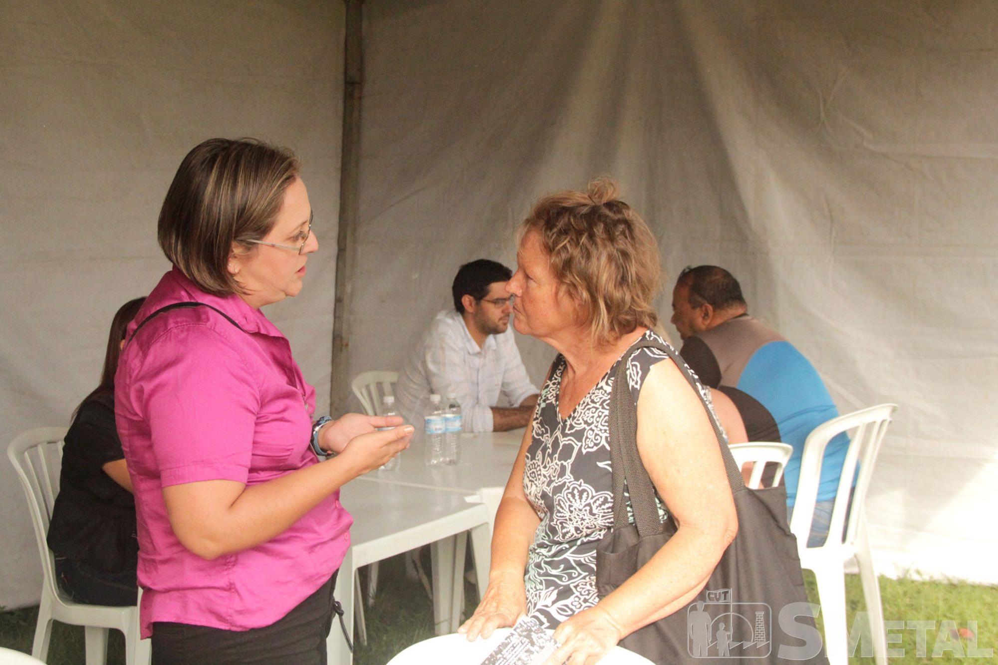 Durante o 1º de Maio do SMetal foram disponibilizados serviços como adoção de animais,  orientação previdenciária,  teste de HIV e sífilis e muito mais, maio,  smetal,  trabalhador,  sorocaba,  espanhóis, Foguinho / Renata Rocha / Cássio Freire / Jon
