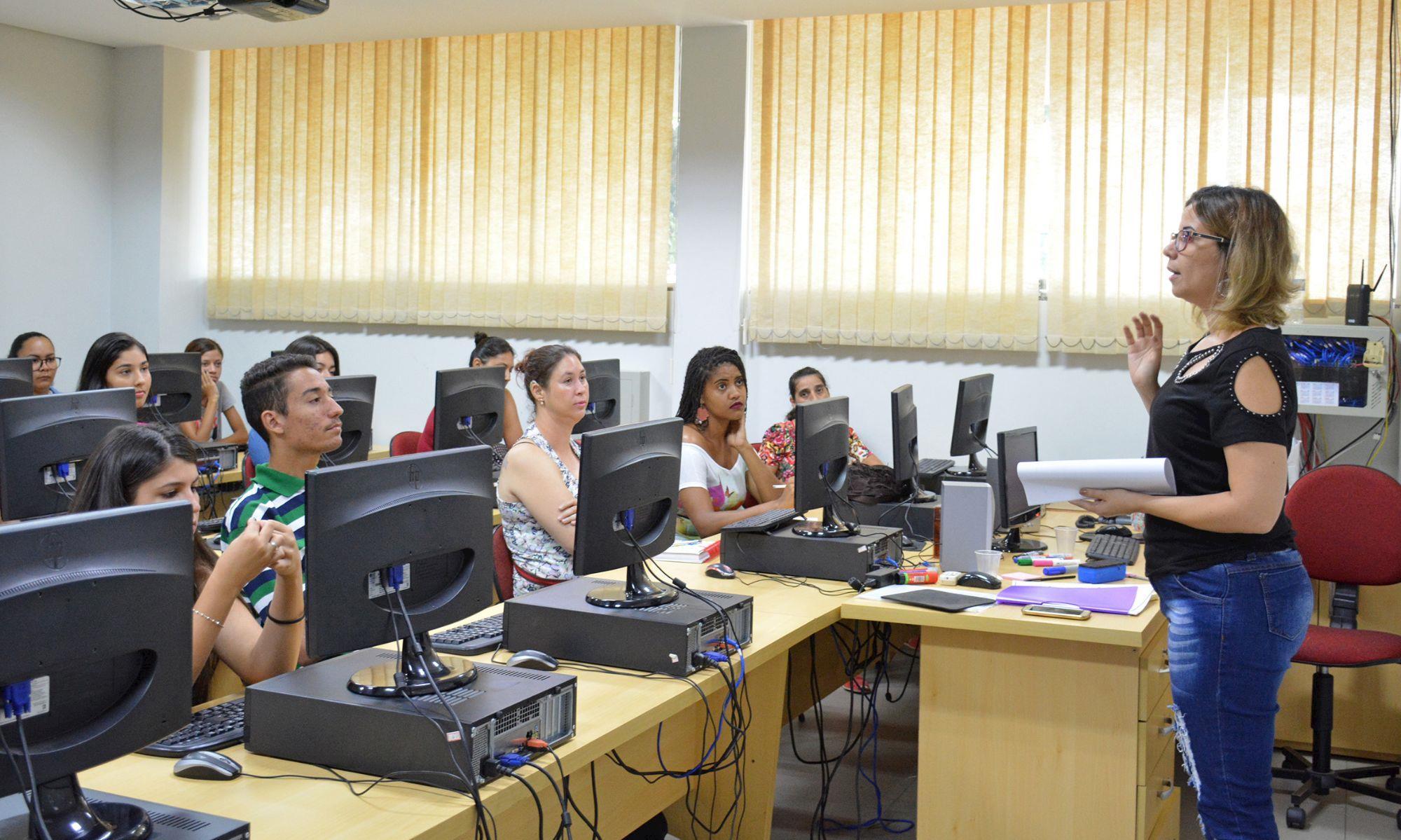 Administrativo, curso, rise, qualificação, gratuito, smetal, Foguinho/ Arquivo SMetal