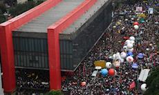 Cortes da Educação despertam as ruas contra Bolsonaro