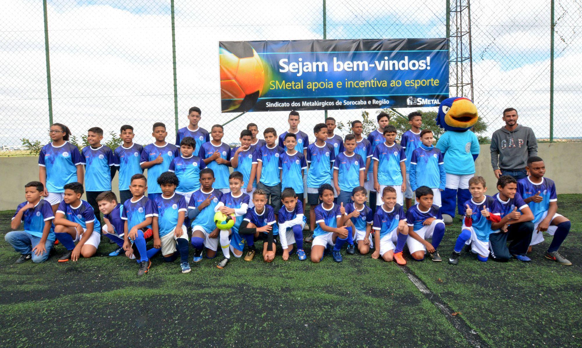 escolinha, são, bento, azulão, futebol, tremonti,, Foguinho/Imprensa SMetal