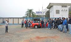 Metalúrgicos da autopeça Senior estão em greve por PPR