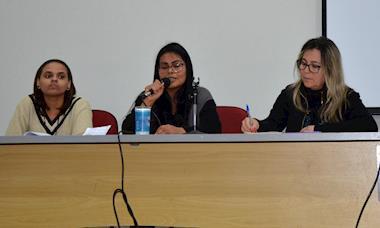 Encontro debate a luta das mulheres por desenvolvimento e autonomia
