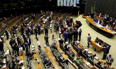 Câmara rejeita mudanças que poderiam 'reduzir danos' da Reforma