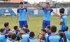 Escolinha do São Bento: Sábado foi dia de treino no Humberto Reale